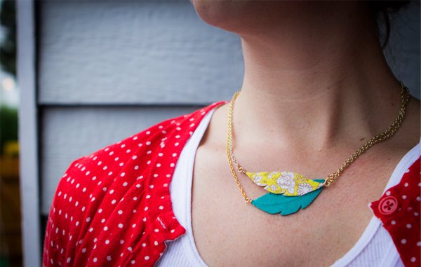 Feather Necklace tutorial