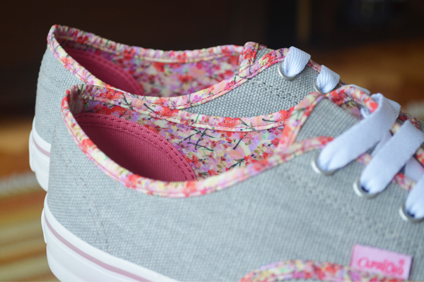 Capricho Shoes: Lanai Stoned cinza