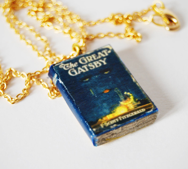 Bunnyhell mini-book necklace - The Great Gatsby