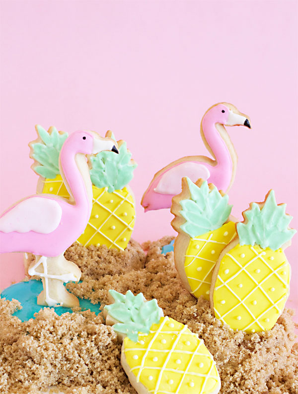 Flamingo and Pineapple Sugar Cookies ∴ BLOG Não Me Mande Flores