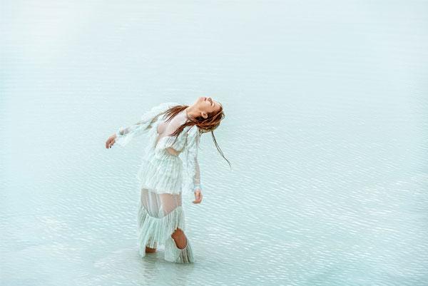 Anna Ewers por Ryan McGinley   Stern Mode SS 2016   Styling de Julia von Boehm