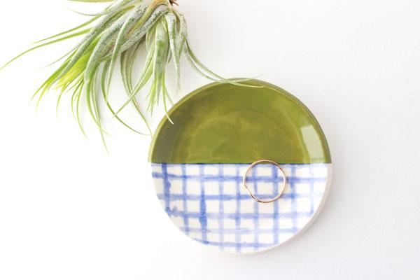 Quiet Clementine - cerâmica divertida e colorida por Hana Brewster | Ceramics | blog Não Me Mande Flores