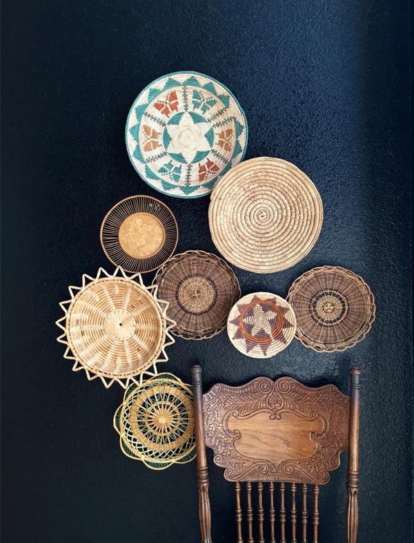 Inspiração decór: cestos na parede | Cestos vintage, da Simplychi.