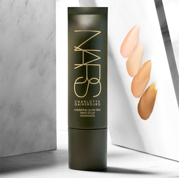 Charlotte Gainsburg para NARS | Summer 2017 - Hydrating Glow Tint