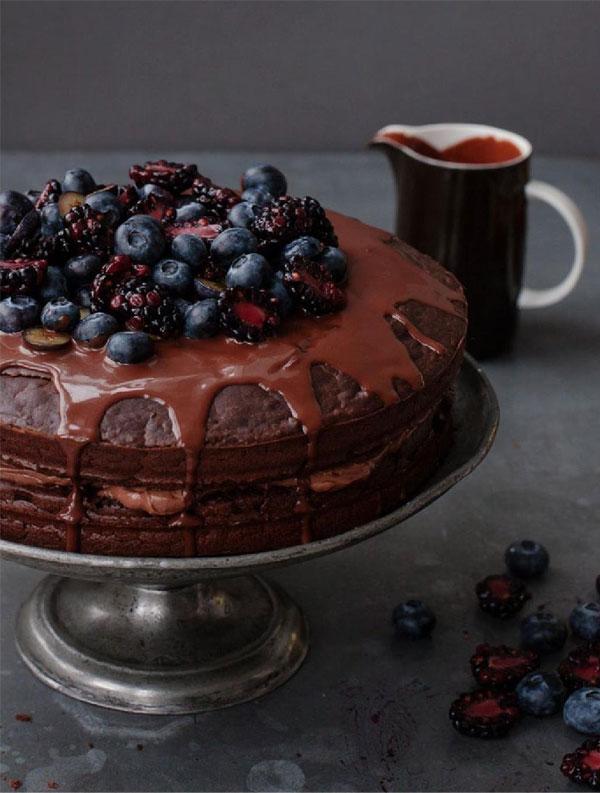 Um Jeito Moderno de Comer | Bolo de duplo chocolate