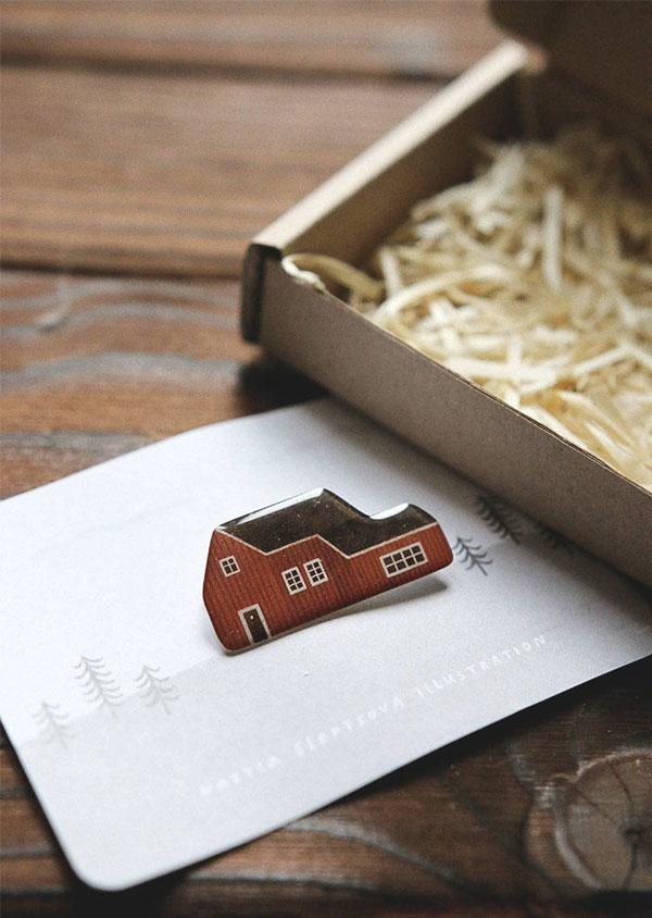 Broches de casinha da Nastia Sleptsova | little house brooch 'red swedish house'